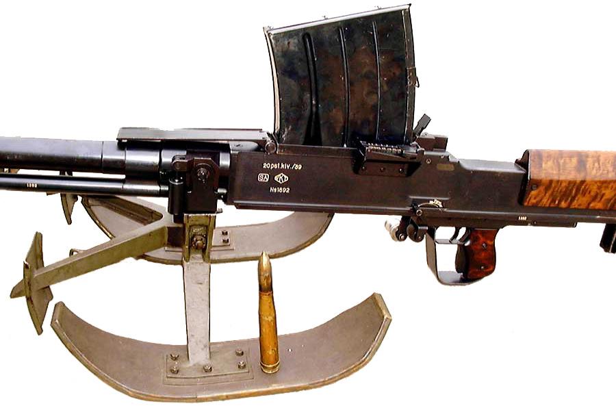 lahti l-39 anti-tank rifle the disco volantes cocoon section also has a lahti l-39 20 mm anti-tank rifle mounted
